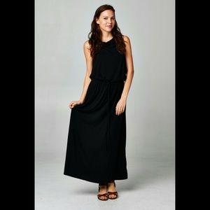 Dresses & Skirts - 🔥 Women's Black Maxi Long Sleeveless Dress